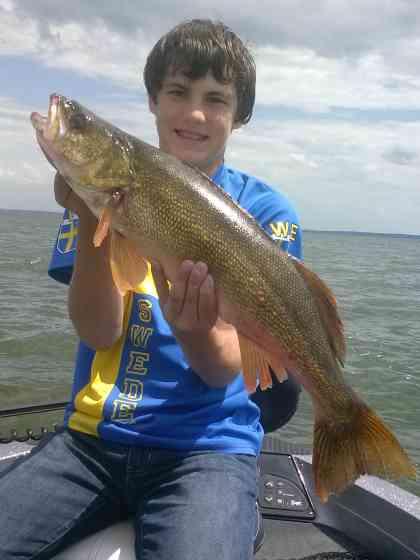 cam0Green Bay Walleye Fishing Fishing Green Bay1047