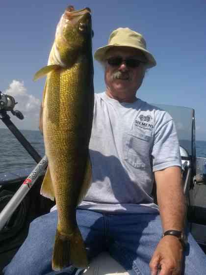 Green Bay Walleye Fishing Fishing Green Bay
