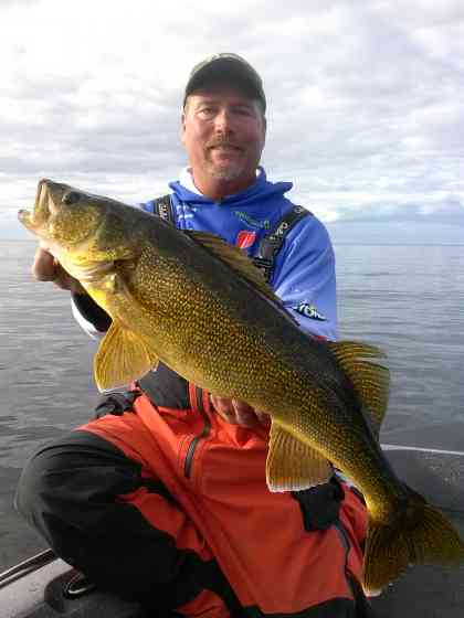 Sturgeon Bay Walleye Fishing Fishing Door County