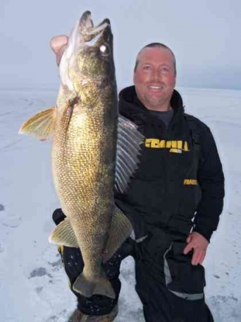 Sturgeon Bay WI Ice Fishing