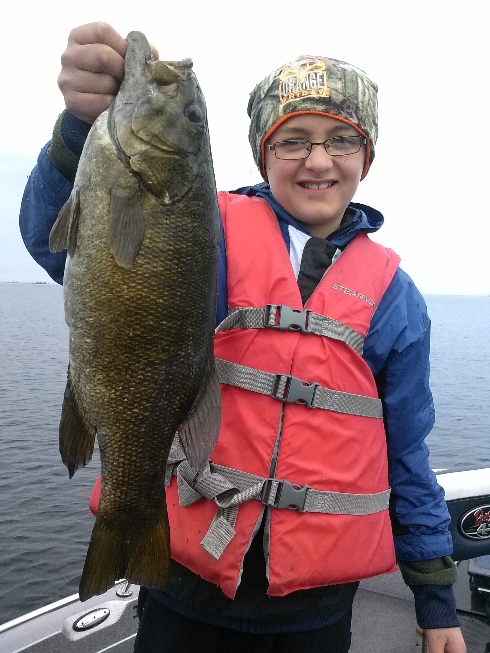 Fishing door county smallmouth bass late eyes sport for Door county fishing report